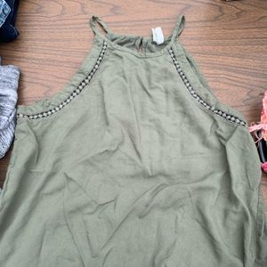 Green, mud tank top, size small